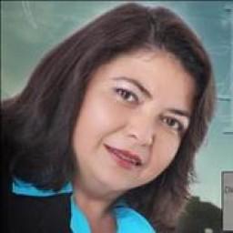 Adriana  Medeiros de Macedo